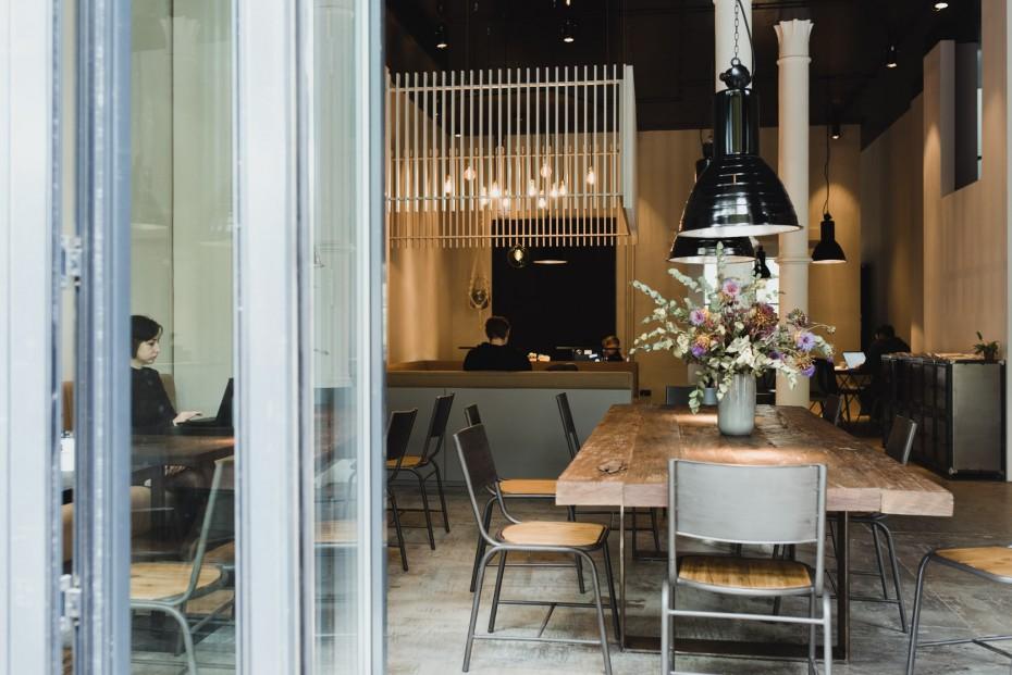 Unser Arbeitsplatz für die kommenden Wochen: Der neue Coworking-Space & Coffeeshop Unicorn in Berlin Mitte. Foto: Ailine Liefeld.